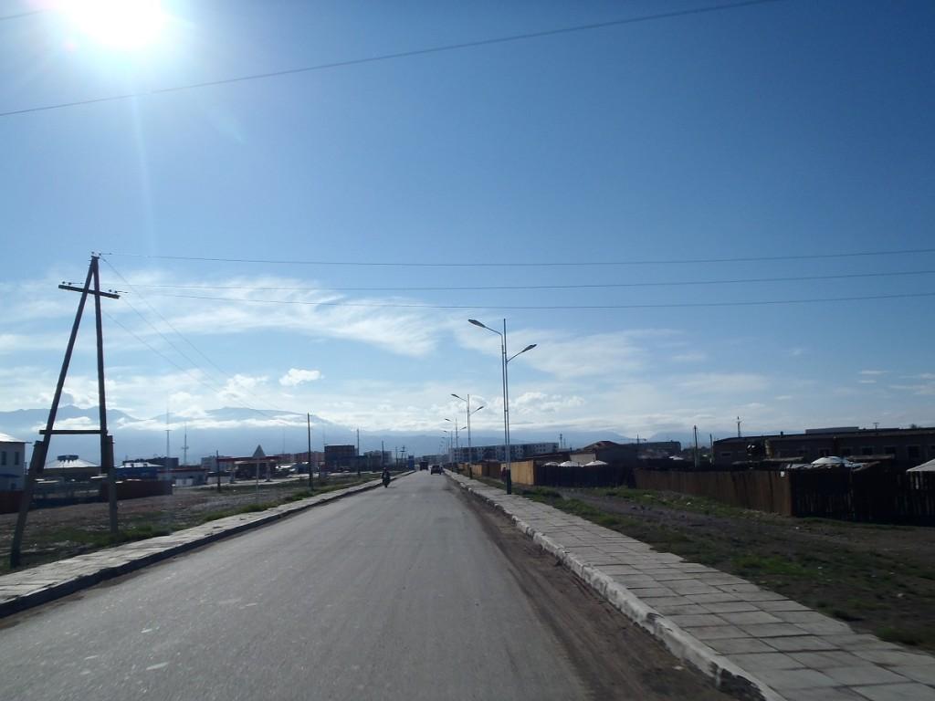 Riding into Ulaangom.